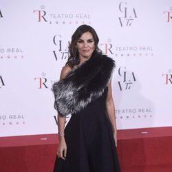 Mar Flores con un vestido evasé en la reapertura del Teatro Real con la obra 'La Favorite'