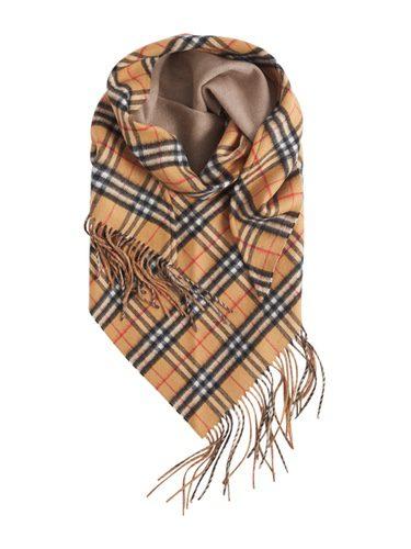 Burberry bandana de la colección noviembre/diciembre 2017