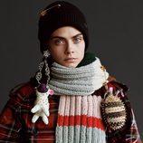 Cara Delevingne con línea de ropa de Burberry noviembre/diciembre 2017