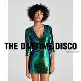 Vestido de lentejuelas bicolor de la colección 'Night Out' de Zara
