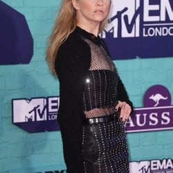 Looks de los MTV EMA 2017