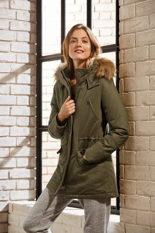 Parka de la colección 'winter tale' Esmara by Lidl mid winter 2017/2018