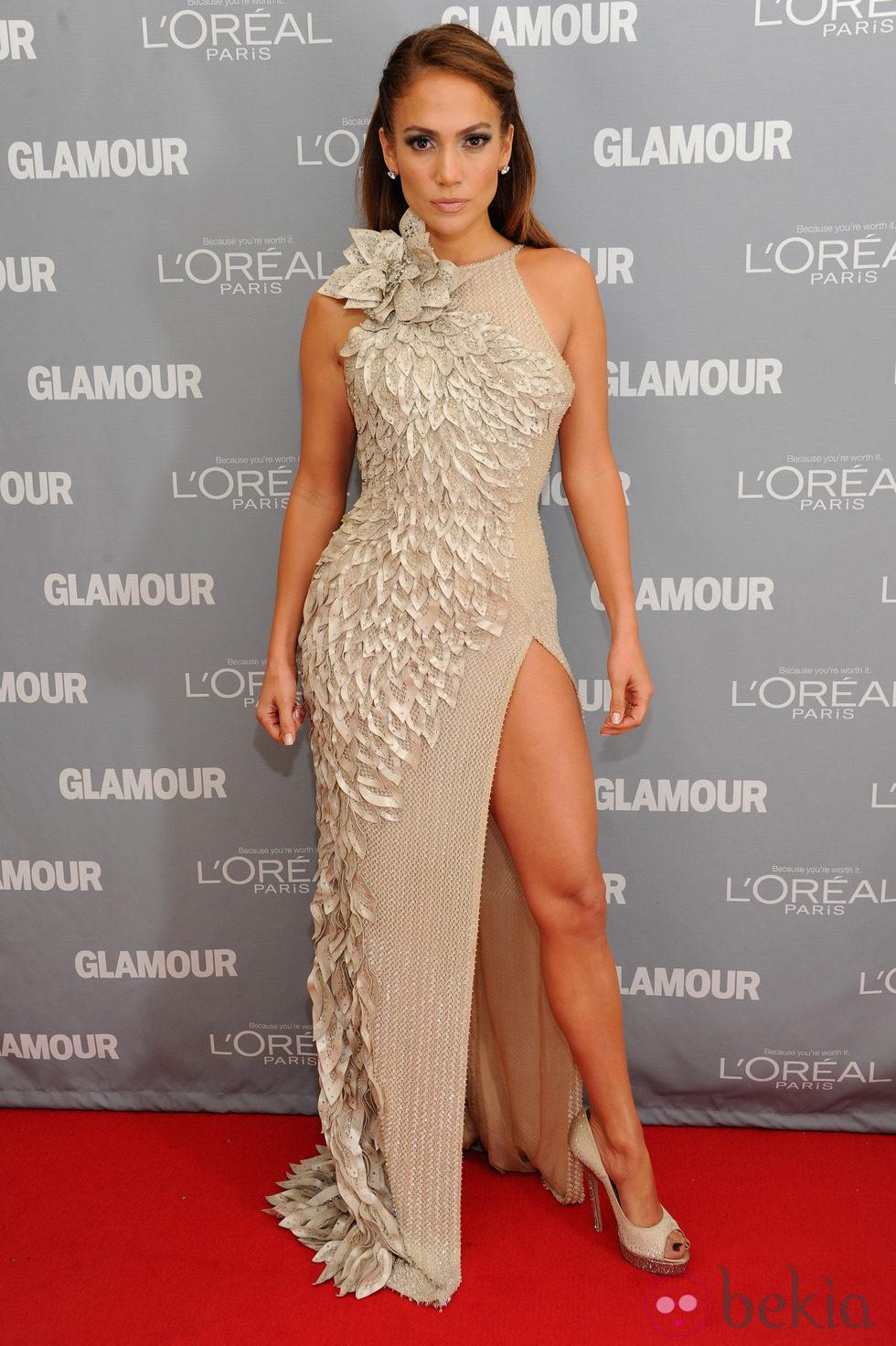 Look de Jennifer Lopez en el premio Glamour a la Mujer del Año
