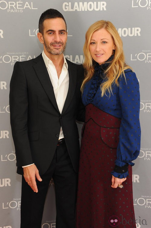 Look de Cindy Sherman y Marc Jacobs en el premio Glamour a la Mujer del Año