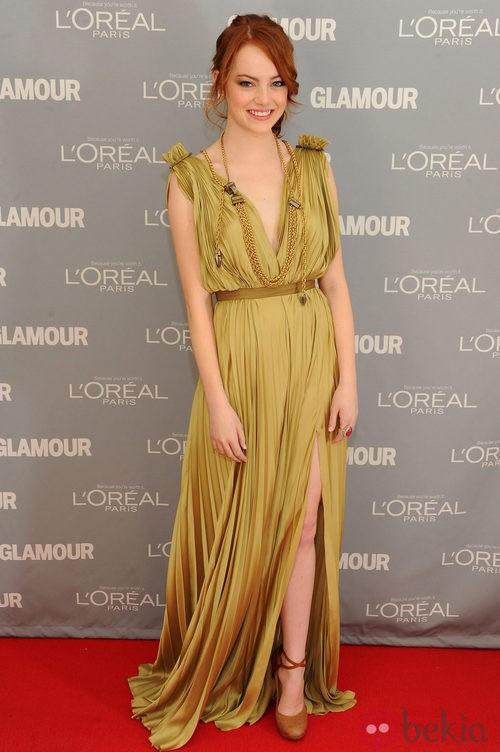 Look de Emma Stone en el premio Glamour a la Mujer del Año