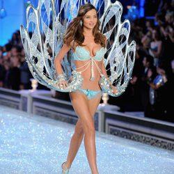 'Victoria's Secret Fashion Show 2011': desfile de Navidad