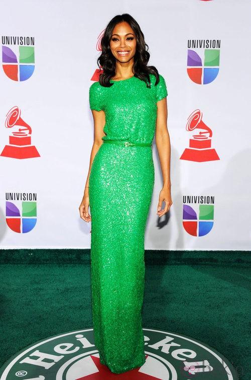 Look de Zoe Saldaña en los Grammy Latinos 2011