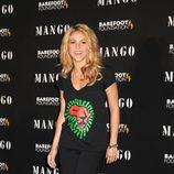 Shakira con un total look en negro