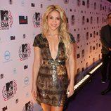 Shakira con un minivestido joya con gran escote