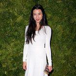 Look de Lily Kwong en la fiesta de Vogue en Nueva York