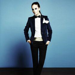 Clara Alonso con un look masculino de la colección de Blanco 'Night'