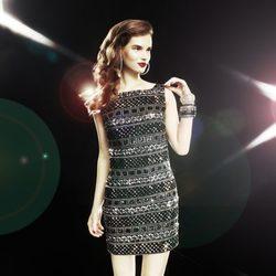 Clara Alonso con un vestido negro con detalles plateados de la colección de Blanco 'Night'
