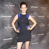 Kristen Stewart con minivestido con cremalleras