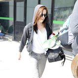 Kristen Stewart con jeans y sudadera