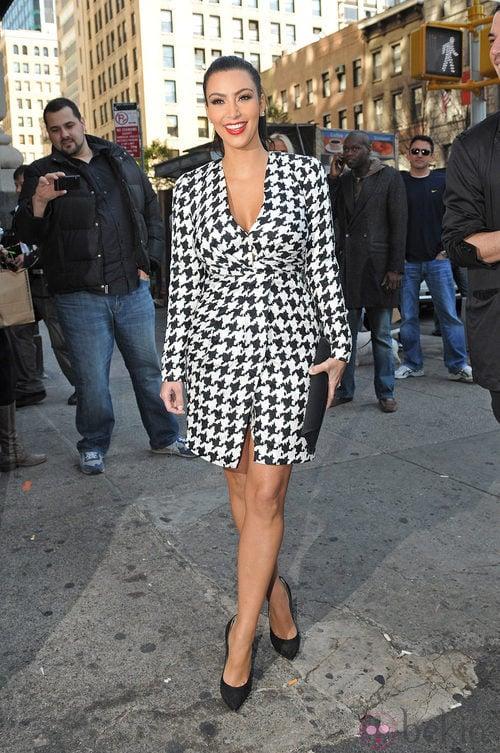 Kim Kardashian con el vestido de Salvatore Ferragamo