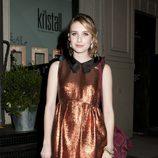 Emma Roberts con vestido de Miu Miu y cuello Peter Pan