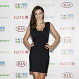 Miranda Kerr con vestido venda negro