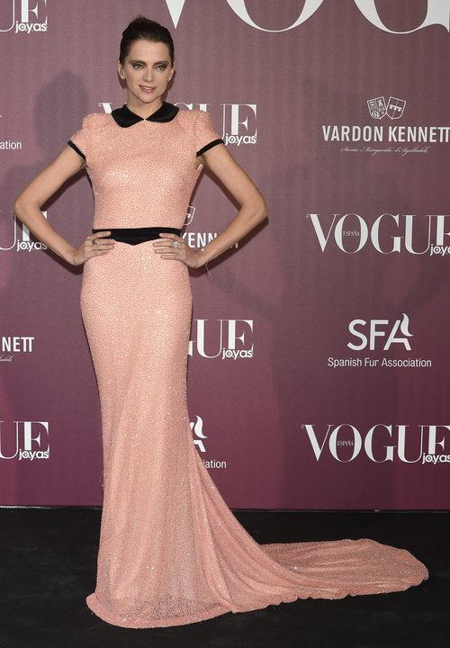 Macarena Gómez muy elegante en los premios Vogue Joyas 2017 en Madrid