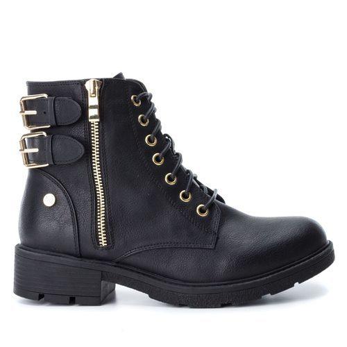 Botas negras con hebillas de la colección Xti Army
