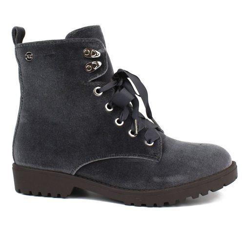 Botas de terciopelo gris de la colección Xti Army