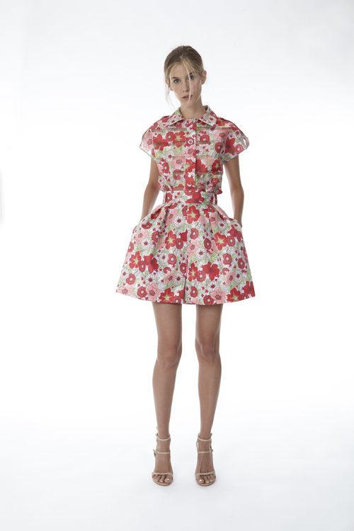 Falda y camisa con print floral de la colección 'Resort 18' de '2ND LAB by The 2nd Skin Co'