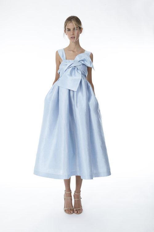 Vestido midi celeste de la colección 'Resort 18' de '2ND LAB by The 2nd Skin Co'