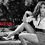 Jennifer Lopez en la nueva campaña de Guess para primavera  2018