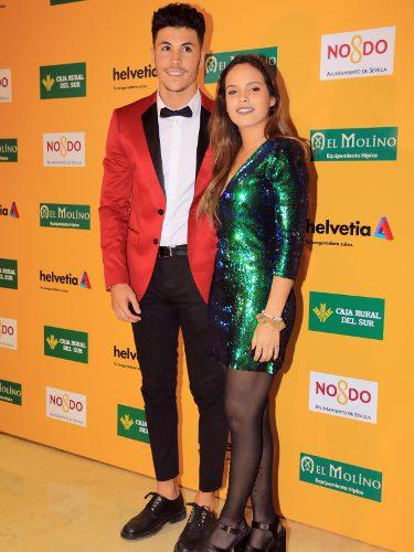 Gloria Camila con un vestido de paillettes junto a su pareja Kiko