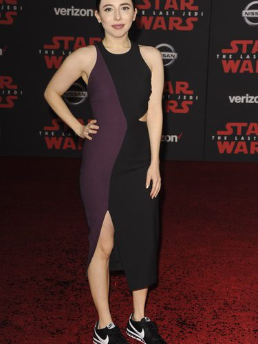 Esther Povitsky con un look inapropiado en la Premiere de 'Star Wars: The Last Jedi'