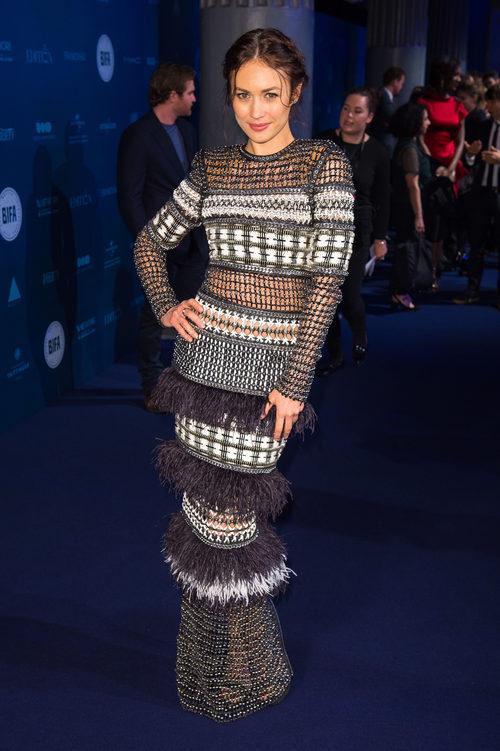 Olga Kurylenko con un vestido de Balmain en los British Independent Film Awards 2018