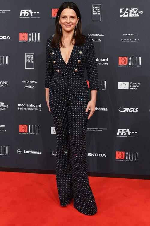 Juliette Binoche vestida de Balmain en los European Film Awards 2017