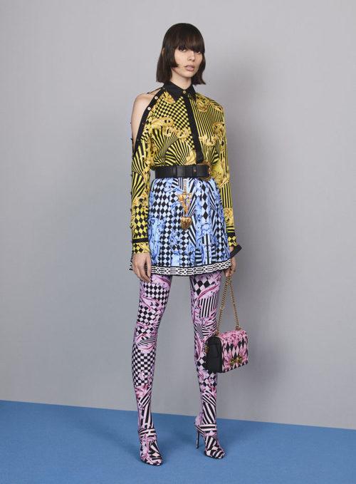 Camisa con estampado geométrico de la colección Pre-Fall 2018 de Versace
