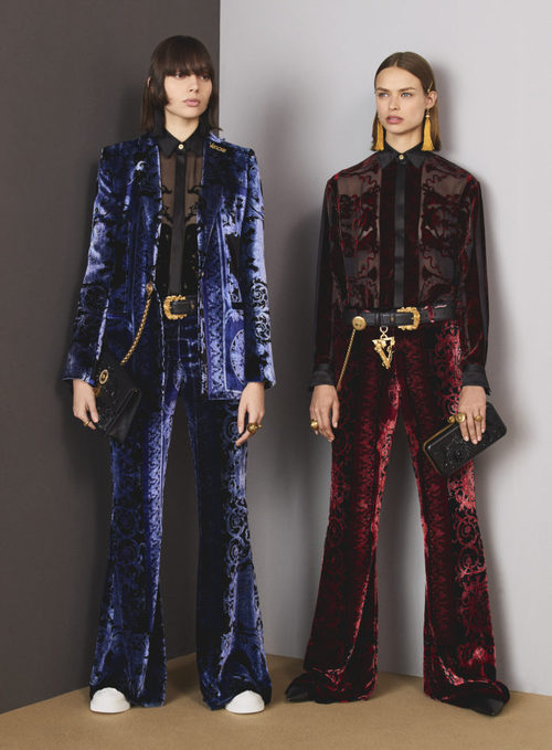 Trajes de terciopelo de la colección Pre-Fall 2018 de Versace