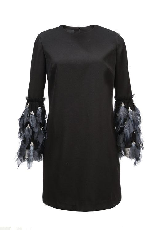 Vestido negro de Pinko de la colección para esta Navidad 2017
