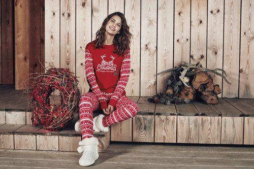 Pijama rojo y blanco de Promise de la colección 'Pijama Party' para este invierno