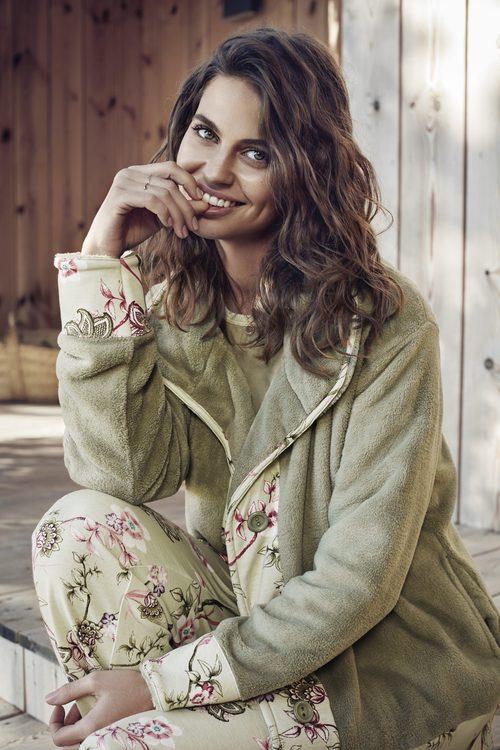 Pijama con chaqueta de Promise de la colección 'Pijama Party' para este invierno