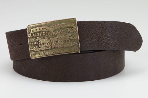 Cinturón marrón de piel para hombre de 'The Levi's Holiday 2017 Collection'