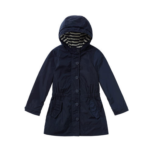 Parka azul marino con capucha para niña de la colección de Primavera 2018 de Benetton