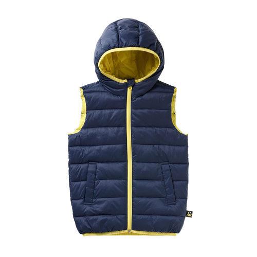 Chaleco azul marino con capucha para niño de la colección de Primavera 2018 de Benetton