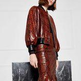 Falda de color marrón de Uterqüe colección 'Atelier 2017'