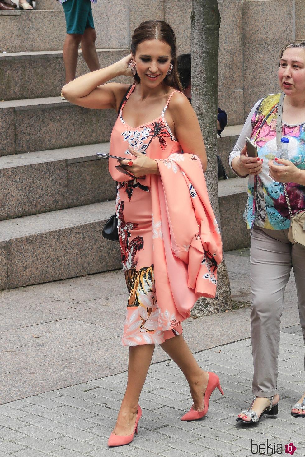 Paula Echevarría con un look de Dolores Promesas en el Corpus Christi de Candás