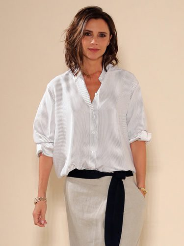 Victoria Beckham posando tras su desfile en la New York Fashion Week 2016
