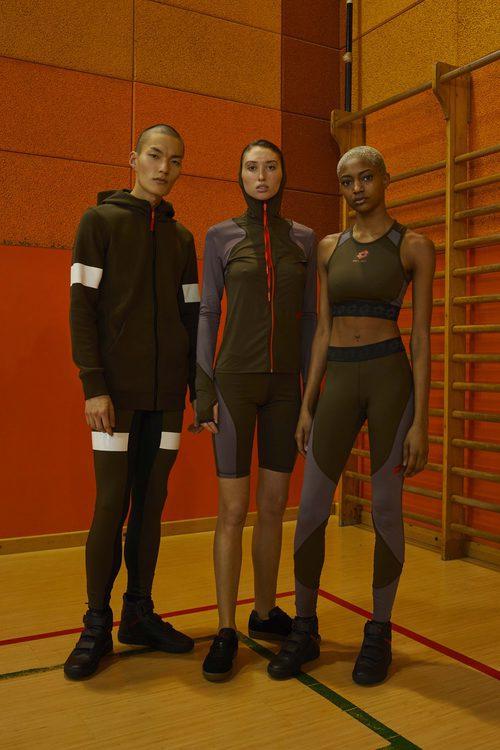 Tres modelos con ropa deportiva de la colección de Damir Doma/Lotto otoño/invierno 2018