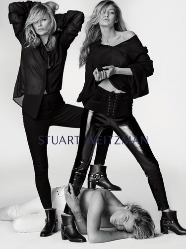 Kate Moss, Gigi Hadid y Jordania Barrett posando para la nueva campaña de Stuart Weitzman