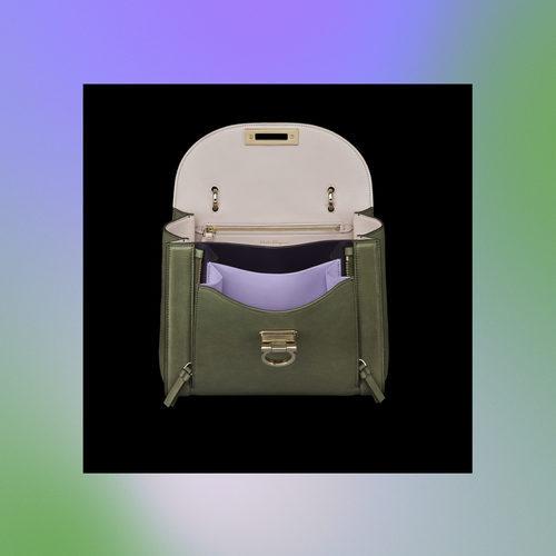 Frontal abierto de bolso verde de la colección Pre-Spring 2018 de Salvatore Ferragamo