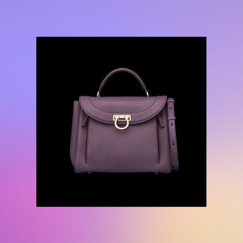 Frontal bolso lila de la colección Pre-Spring 2018 de Salvatore Ferragamo