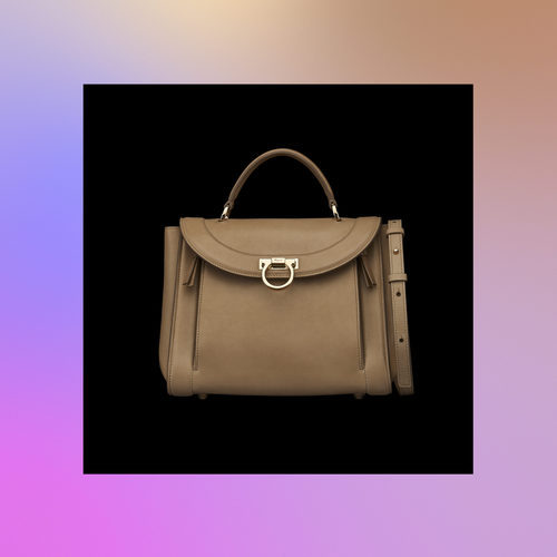 Frontal bolso beige de la colección Pre-Spring 2018 de Salvatore Ferragamo