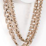 Collar cadena de oro de la colección de accesorios para la temporada de primavera/verano 2018 de Salsa