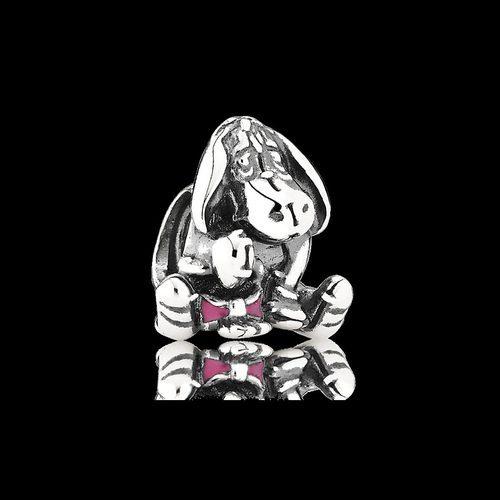 Charm Ígor de la colección de 'Disney x Pandora' para San Valentín
