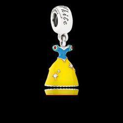 Charm Vestido de Blancanieves de la colección de 'Disney x Pandora' para San Valentín